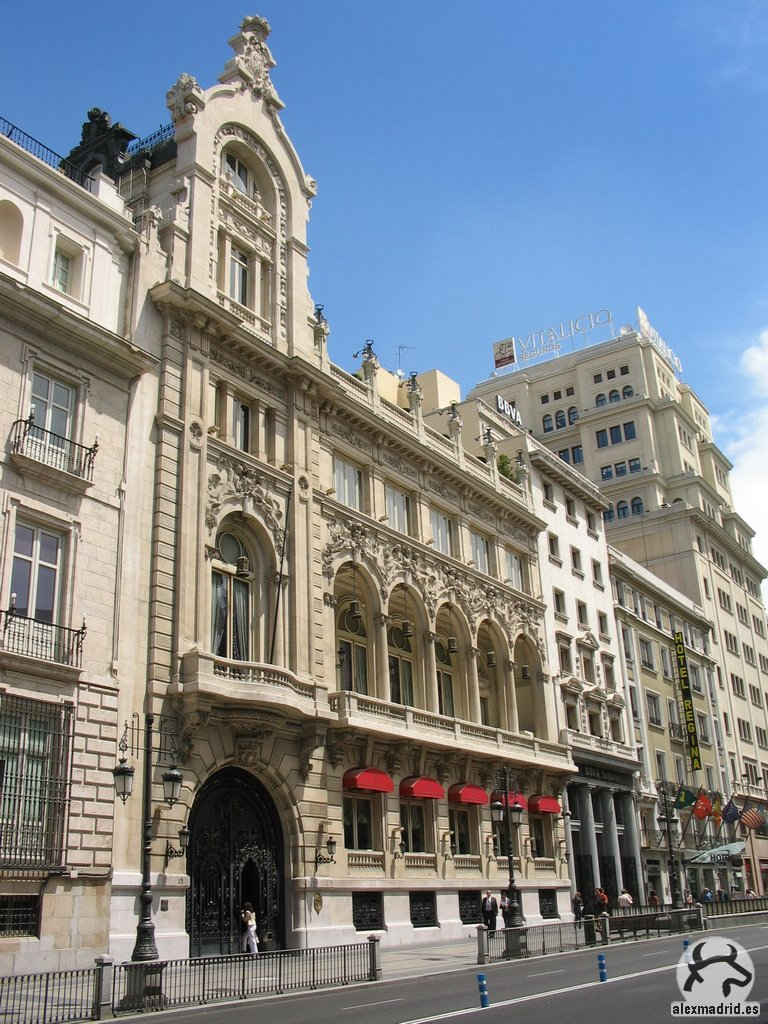 Casino madrid alcala counthey for Hotel regina alcala 19 madrid