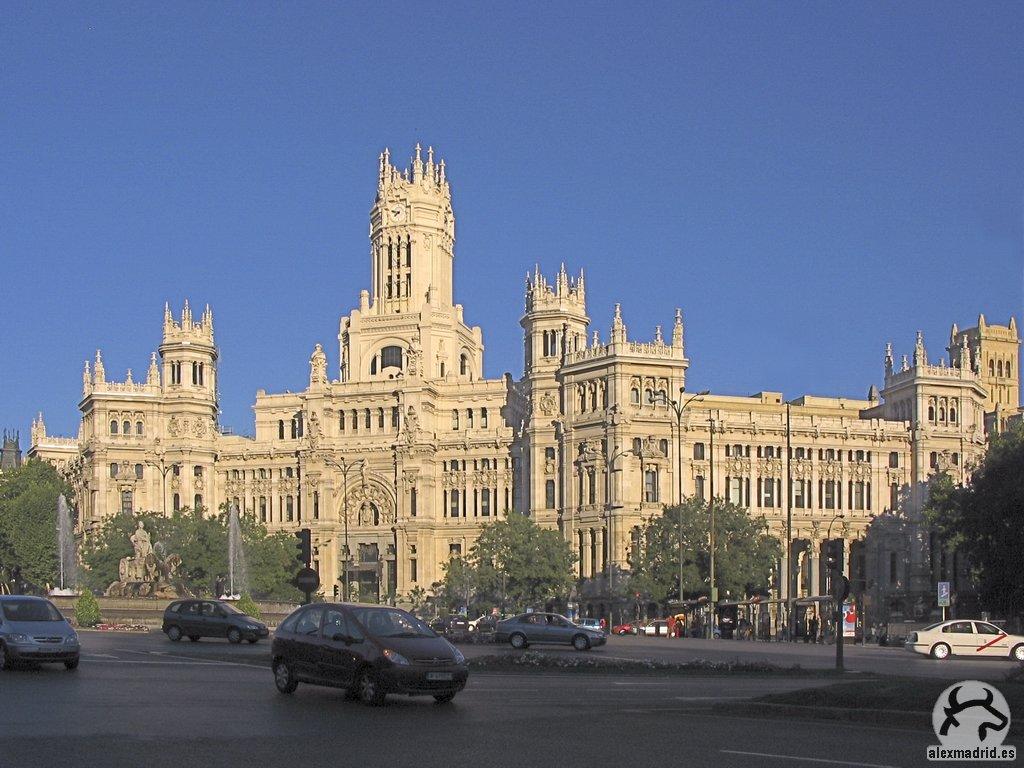Gu a visual de edificios hist ricos de madrid visual for Edificio correos madrid